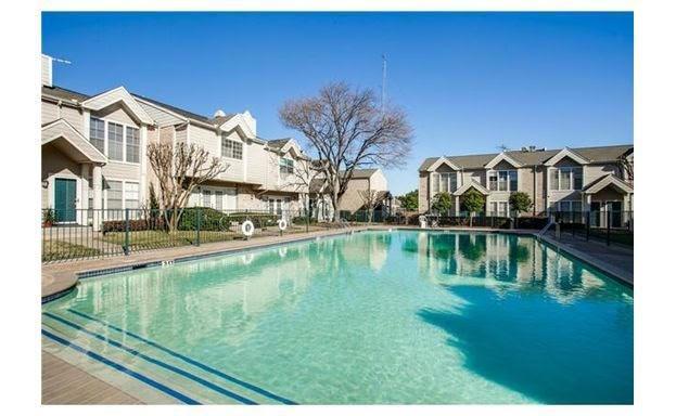 5881 Preston View #253, Dallas, TX 75240 (MLS #13892907) :: Pinnacle Realty Team