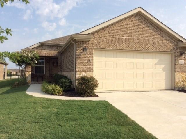 2262 Feathering Drive, Frisco, TX 75034 (MLS #13901918) :: Team Hodnett