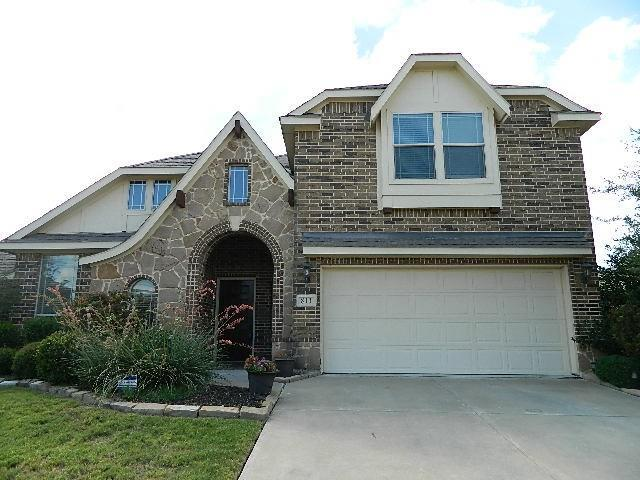 811 Silverthorne Drive, Burleson, TX 76028 (MLS #13903245) :: The Mitchell Group
