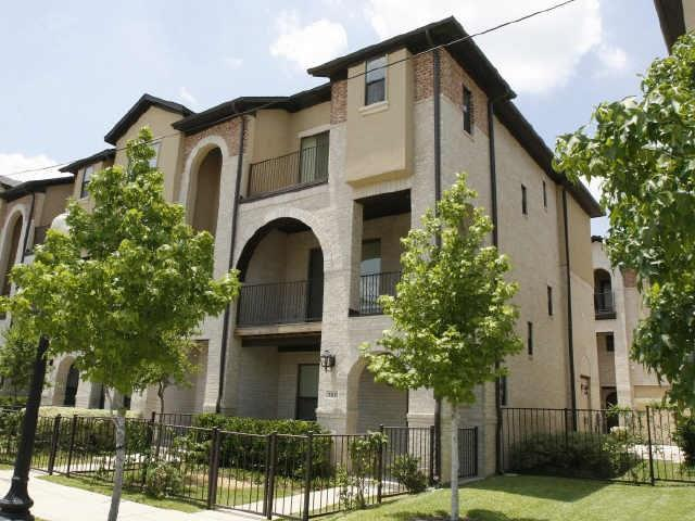 3825 Cole Avenue, Dallas, TX 75204 (MLS #13920466) :: The Heyl Group at Keller Williams