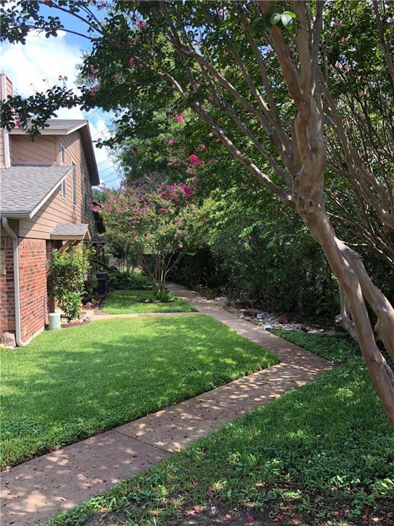 5634 Cedar Creek Drive, Benbrook, TX 76109 (MLS #13935889) :: Magnolia Realty