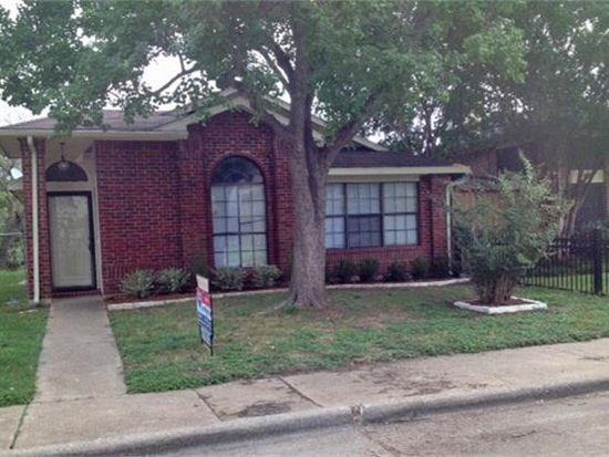 10424 Summer Oaks Drive, Dallas, TX 75227 (MLS #13940850) :: Frankie Arthur Real Estate