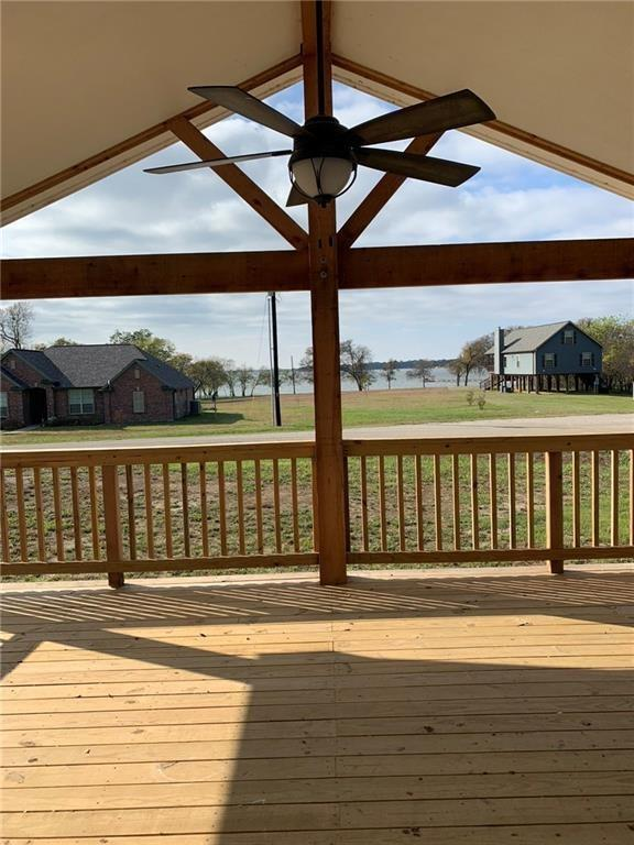 185 Seminole Trail, East Tawakoni, TX 75472 (MLS #13946483) :: The Heyl Group at Keller Williams