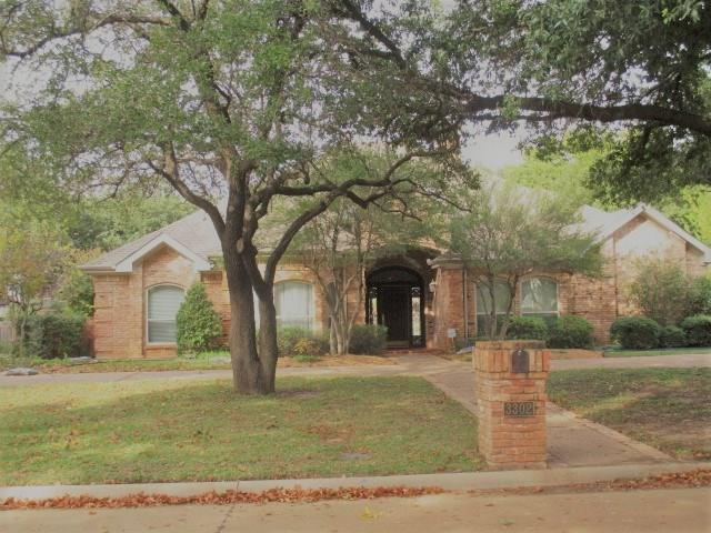 3302 Queensbury Way W, Colleyville, TX 76034 (MLS #13965715) :: RE/MAX Town & Country