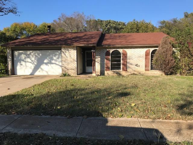 7119 Flameleaf Place, Dallas, TX 75249 (MLS #13972134) :: RE/MAX Town & Country