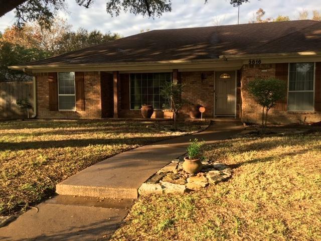 3816 Fenton Avenue, Fort Worth, TX 76133 (MLS #13973786) :: RE/MAX Pinnacle Group REALTORS