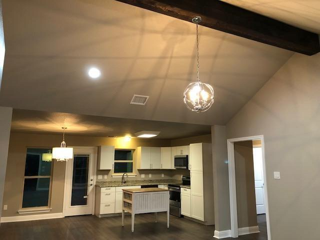 5412 Belaire Circle, Granbury, TX 76048 (MLS #13981768) :: North Texas Team | RE/MAX Lifestyle Property