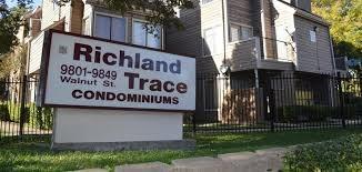 9801 Walnut Street #107, Dallas, TX 75243 (MLS #14002873) :: The Mitchell Group