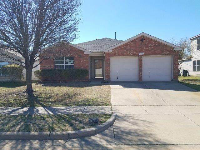 4330 Falcon Drive, Sherman, TX 75092 (MLS #14010215) :: RE/MAX Town & Country
