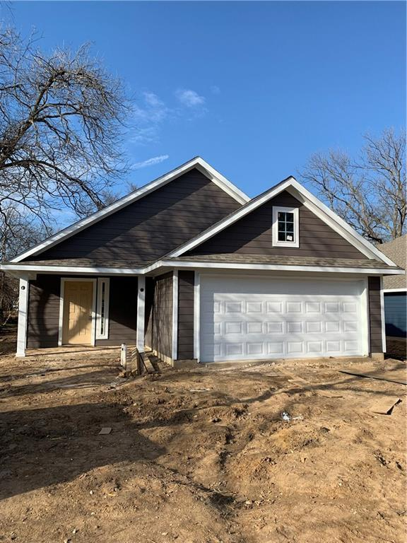 1317 Cherry Street, Gainesville, TX 76240 (MLS #14020617) :: RE/MAX Town & Country