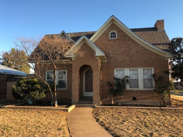 202 E Mcarthur Street, Rotan, TX 79546 (MLS #14034530) :: Lynn Wilson with Keller Williams DFW/Southlake