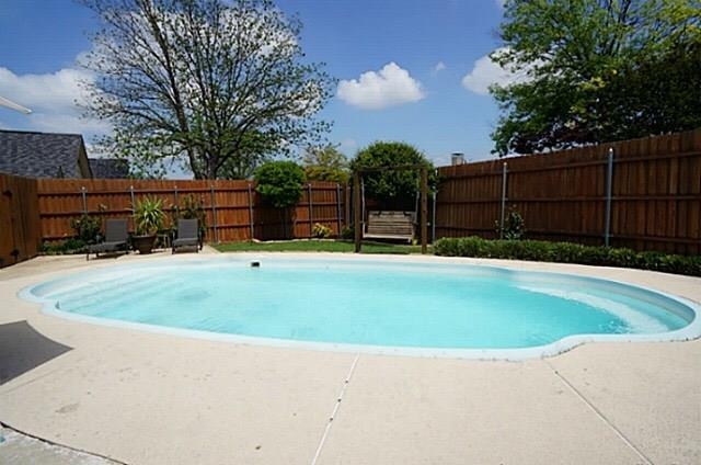 3006 Berkshire Drive, Mesquite, TX 75150 (MLS #14035212) :: RE/MAX Town & Country