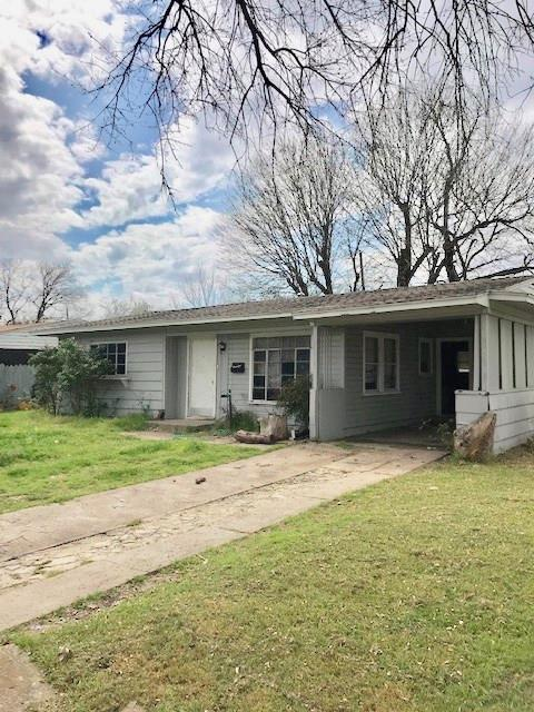 918 Indian Hills Drive, Grand Prairie, TX 75051 (MLS #14048936) :: The Tierny Jordan Network