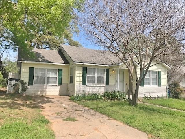 1409 W Morgan Street, Denison, TX 75020 (MLS #14061507) :: The Hornburg Real Estate Group