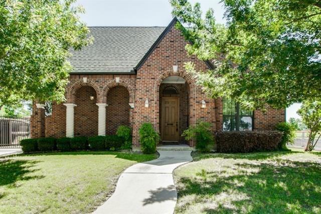 3041 6th Avenue, Fort Worth, TX 76110 (MLS #14113440) :: Lynn Wilson with Keller Williams DFW/Southlake