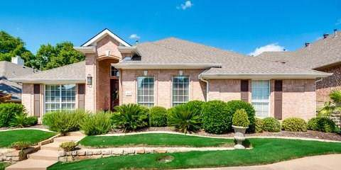2015 Gullwing Drive, Rockwall, TX 75087 (MLS #14137810) :: RE/MAX Town & Country