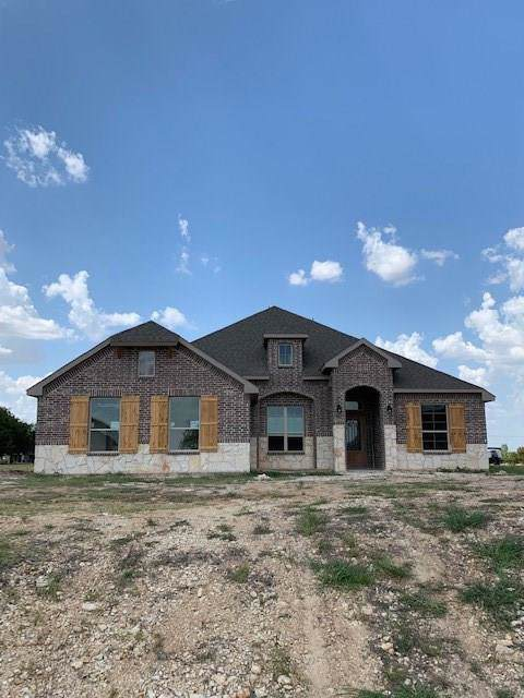 7926 Grassland Drive, Godley, TX 76044 (MLS #14161878) :: The Real Estate Station