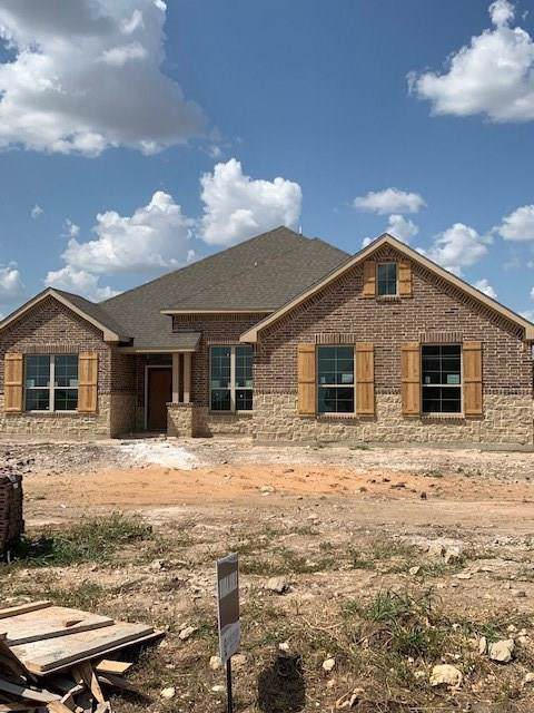 7938 Grassland Drive, Godley, TX 76044 (MLS #14161881) :: The Real Estate Station