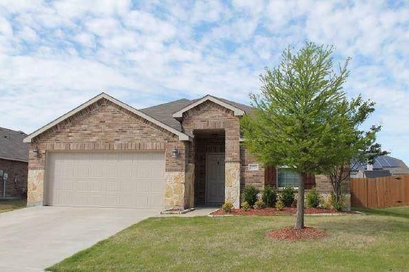 1273 Boxwood Lane, Burleson, TX 76028 (MLS #14163310) :: The Mitchell Group