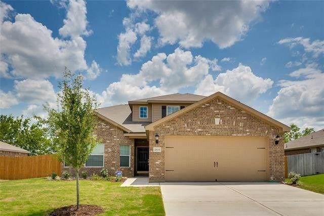 215 Silverleaf Drive, Princeton, TX 75407 (MLS #14170273) :: Roberts Real Estate Group