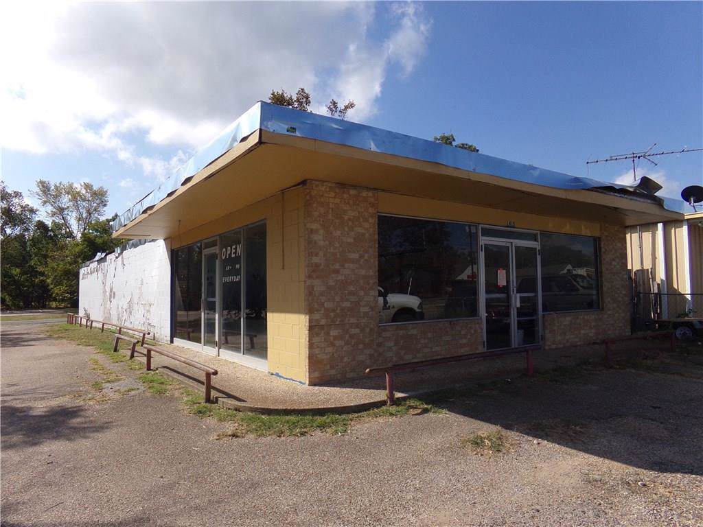 1415 7 Th  Ave Highway - Photo 1