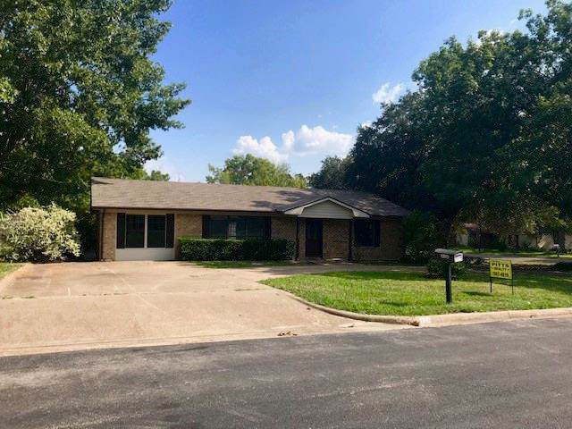 318 Curry Lane, Canton, TX 75103 (MLS #14178511) :: RE/MAX Town & Country