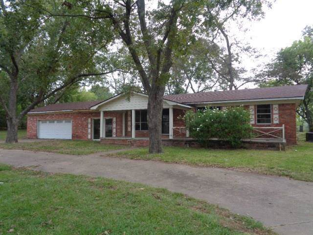 808 W Pine Street, Winnsboro, TX 75494 (MLS #14192887) :: HergGroup Dallas-Fort Worth