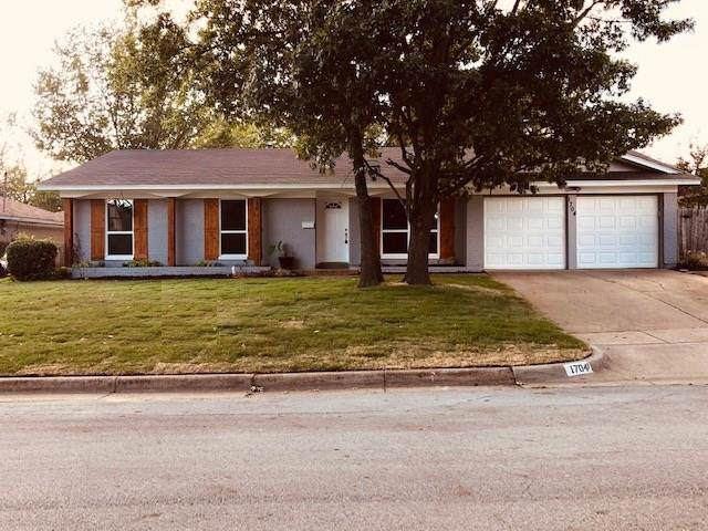 1704 Mims Street, Fort Worth, TX 76112 (MLS #14215804) :: NewHomePrograms.com LLC