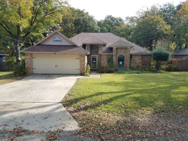 323 Berry Lane, Shady Shores, TX 76208 (MLS #14216583) :: All Cities Realty
