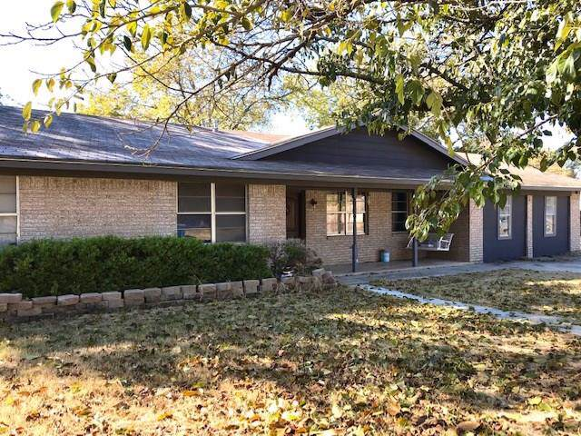 308 1st Street, Cross Plains, TX 76443 (MLS #14217854) :: The Tonya Harbin Team