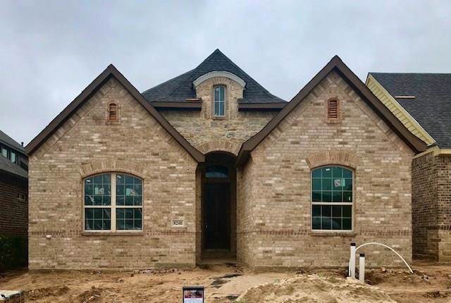 8240 Concord Way, North Richland Hills, TX 76182 (MLS #14221684) :: RE/MAX Town & Country