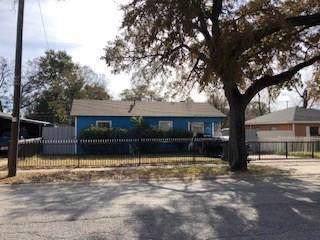 8406 Maddox Street, Dallas, TX 75217 (MLS #14229185) :: RE/MAX Town & Country