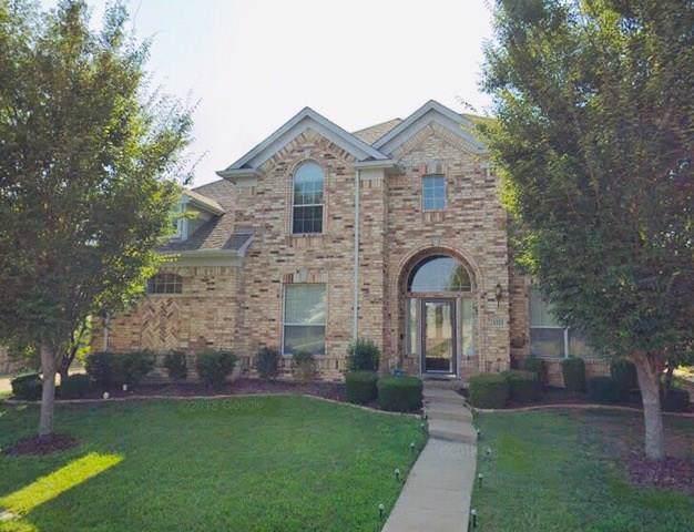 1321 Mercury Lane, Lancaster, TX 75134 (MLS #14265125) :: Van Poole Properties Group