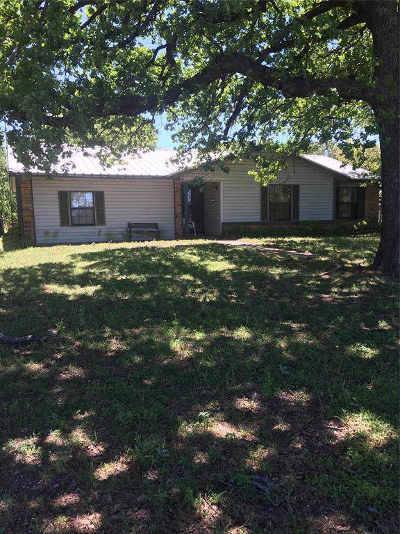 3275 W Highway 199, Springtown, TX 76082 (MLS #14268960) :: Trinity Premier Properties