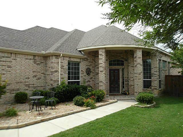 7200 Vanderbilt Drive, Mckinney, TX 75072 (MLS #14312672) :: Real Estate By Design