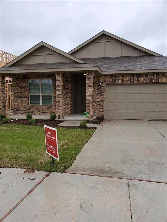 8004 Spritsail Lane, Fort Worth, TX 76179 (MLS #14316614) :: The Mauelshagen Group
