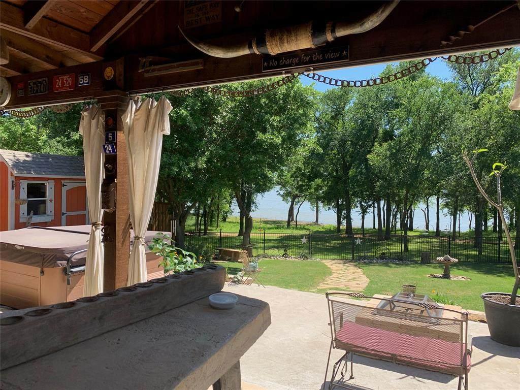 524 Lake Point Drive - Photo 1