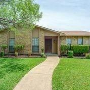 3014 Rockett Drive, Carrollton, TX 75007 (MLS #14349660) :: Frankie Arthur Real Estate