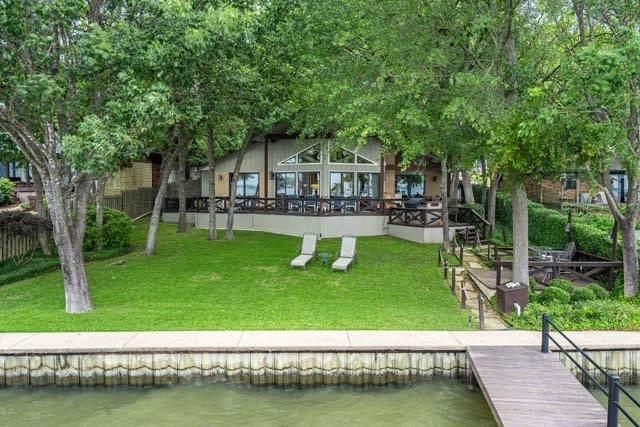 137 Pebble Beach Drive, Mabank, TX 75156 (MLS #14349861) :: The Chad Smith Team