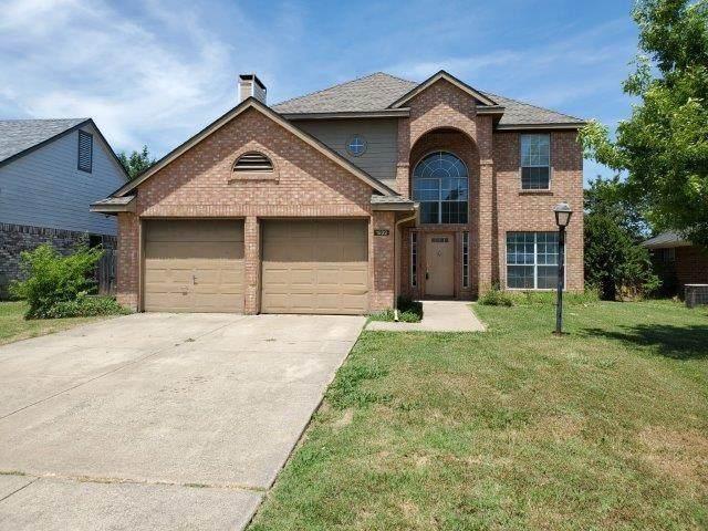 1832 Timberline Lane, Sherman, TX 75092 (MLS #14367056) :: Team Hodnett