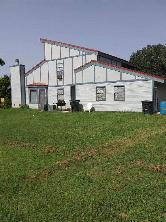 201 County Road 445, Fairfield, TX 75840 (MLS #14378330) :: Potts Realty Group