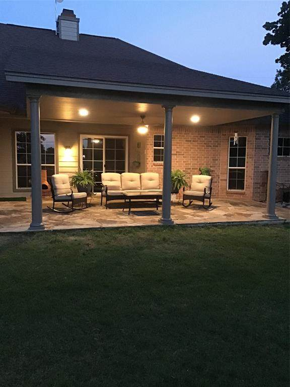 27137 Whispering Meadow Drive, Whitney, TX 76692 (MLS #14379592) :: Real Estate By Design