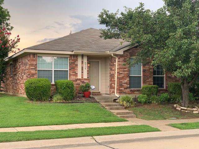8924 Cross Oaks Ranch Boulevard, Cross Roads, TX 76227 (MLS #14385444) :: The Mauelshagen Group
