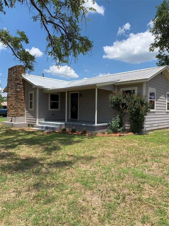 113 S Wilson, Palo Pinto, TX 76484 (MLS #14403233) :: The Kimberly Davis Group