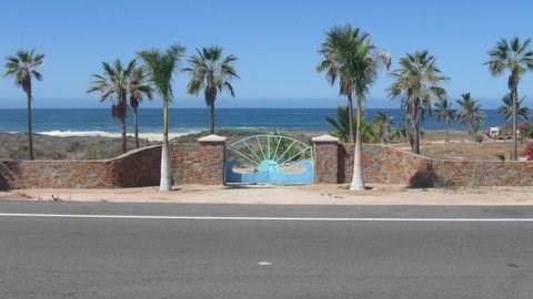 83 Highway 19, Todos Santos, TX  (MLS #14411378) :: Team Tiller