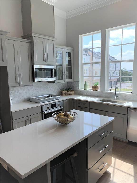 4624 New Water Lane, Dallas, TX 75219 (MLS #14433913) :: The Hornburg Real Estate Group