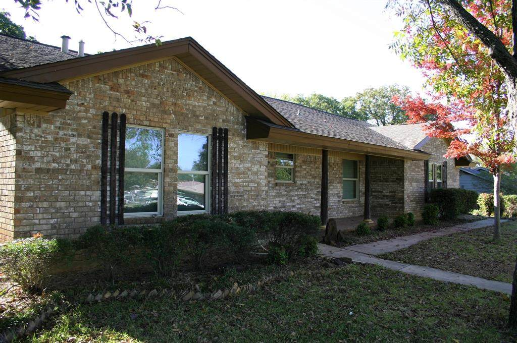 101 Valley View Drive - Photo 1