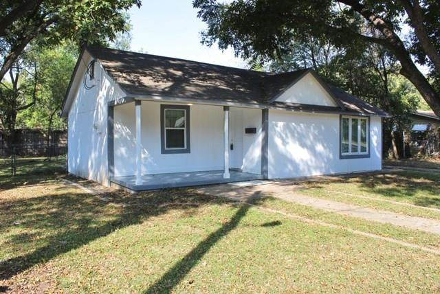 2904 Mims Street, Fort Worth, TX 76112 (MLS #14446997) :: Robbins Real Estate Group