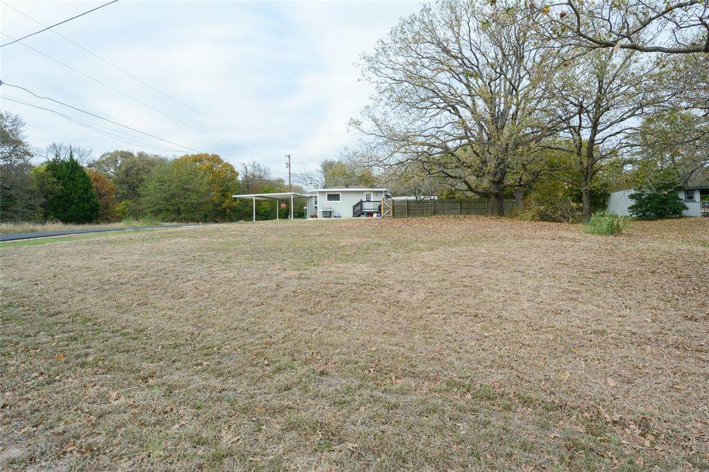 143 Midway Road - Photo 1