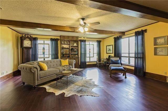 2305 S Lang Avenue, Denison, TX 75020 (MLS #14465989) :: The Kimberly Davis Group